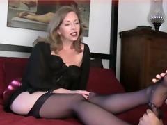 mature foot mistress lezdom